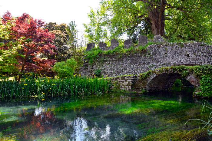 Giardini di Ninfa e Sermoneta